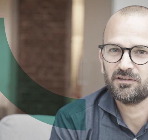 Froda grundaren Oliver Mohseni debatterar för småföretagarna