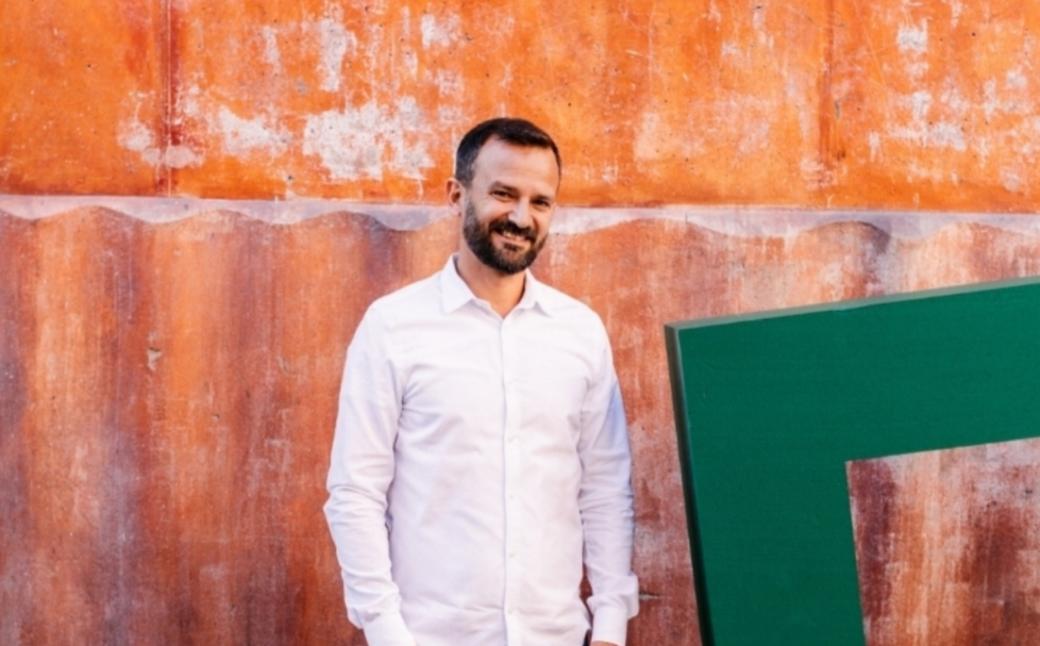 Oliver Mohseni grundare Froda porträtt